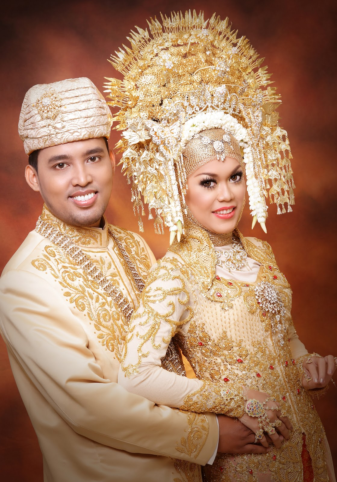 Tata rias pengantin Adat Minang Tata Rias Wajah Pengantin