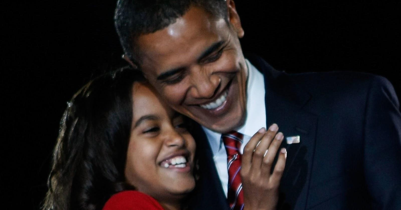 malia obama with barak obama