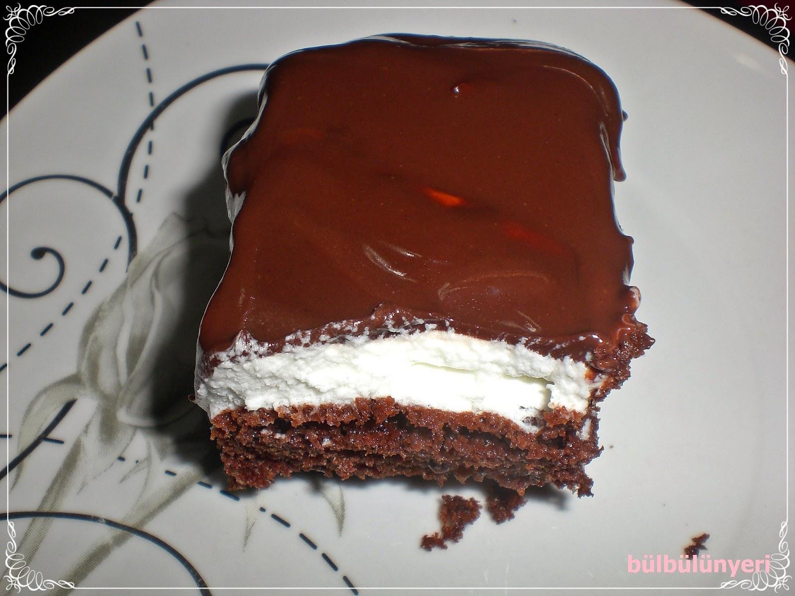 Mutluluktan Ağlayan Kek (Pasta)