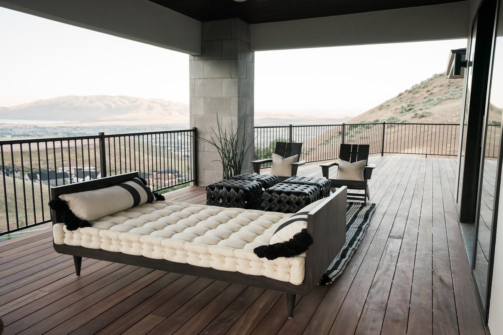 Outdoor Modern Furniture, Deck Furniture
