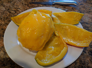 How To Peel A Mango - LifeUnprocessed.com