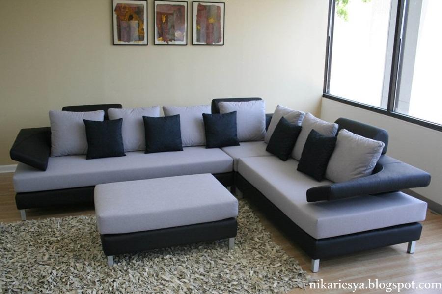 Sofa Moden Letak Di Ruang Tamu Utama