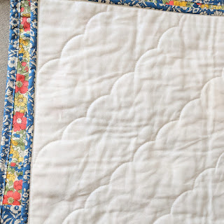 cloud quilting folded quilt