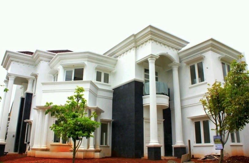 Desain Rumah Mewah 2 Lantai Elegan
