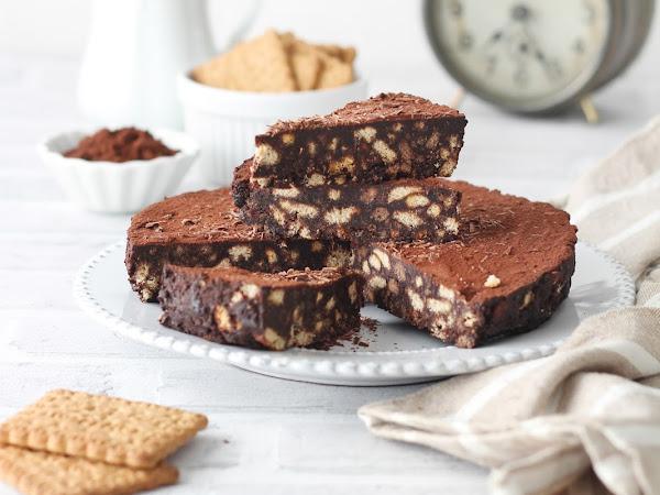 Torta al cacao e biscotti senza cottura