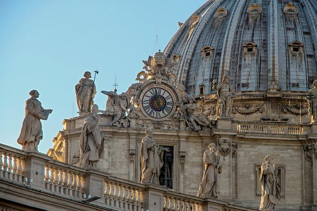El Dossier que implica a sacerdotes de toda Italia en escándalos sexuales