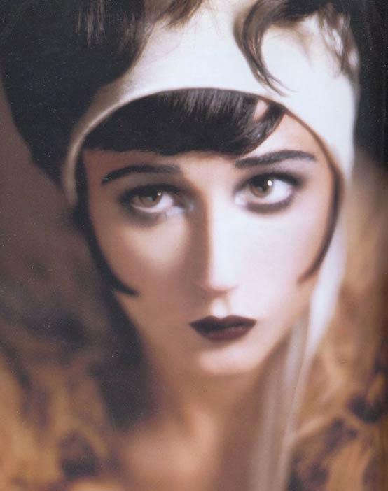 Blog del Maquillaje Profesional: Historia del Maquillaje VIII