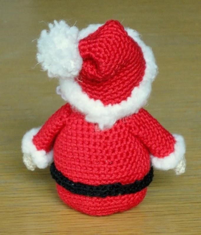 De Haakbaak Cadeautje Nummer 3 Kerstman Patroon