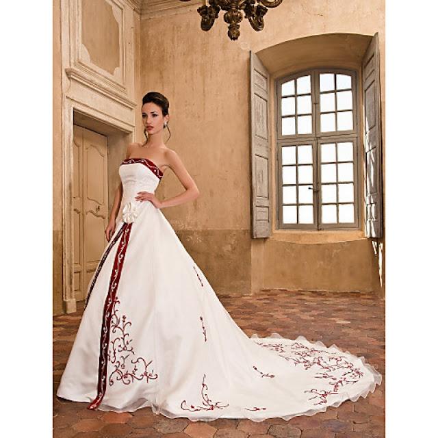 A-line / Princess Petite / Plus Sizes Wedding Dress - Ivory Chapel Train Strapless Organza / Satin