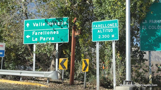 Divisão na estrada para Farellones ou Valle Nevado