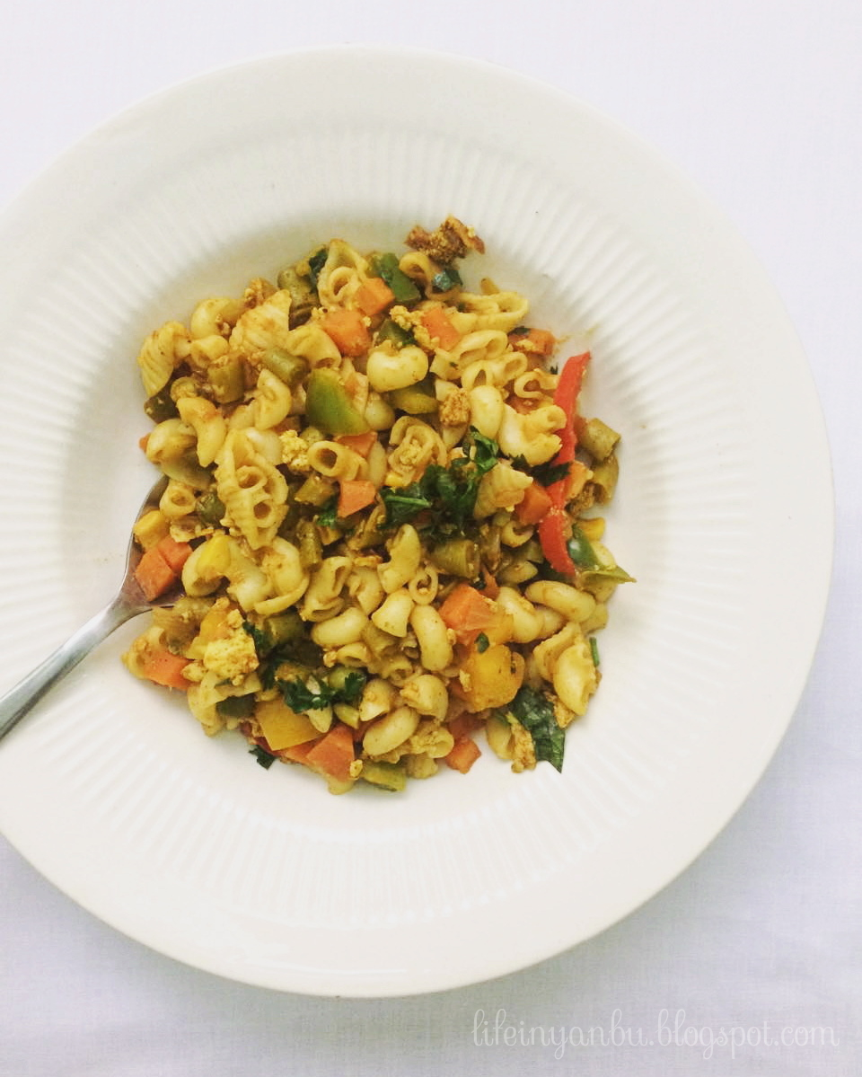 Masala Macaroni with Chicken and Vegetables