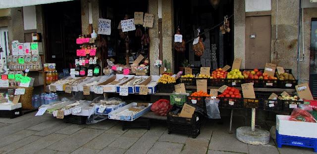 mercearia no centro de Ponte de Lima