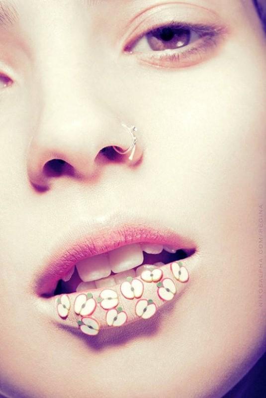 Не просто губы Никоса Василакиса 5