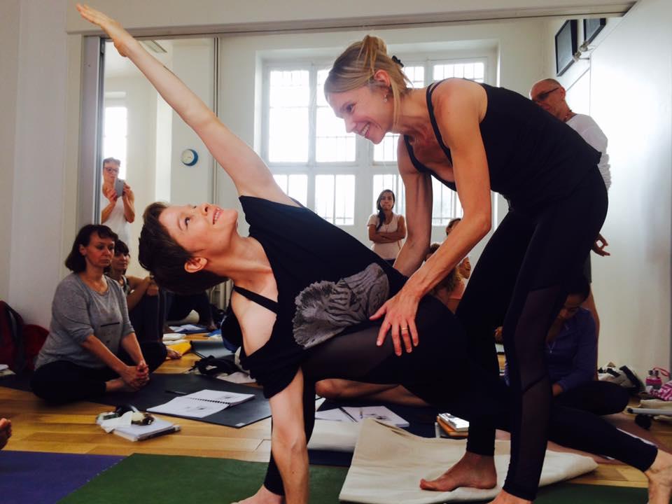 Ashtanga Yoga Paris What Is Ashtanga Vinyasa Yoga