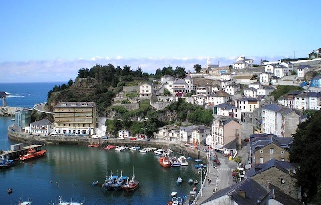 Luarca (Asturias).