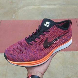 ba21725dd0e6 Nike Flyknit Racer Acai Berry Premium Quality Size 39 sd 45. Harga Rp  600.000