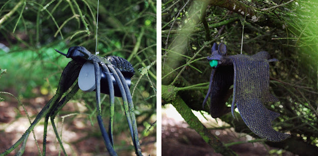 Geocaching - spider and bat