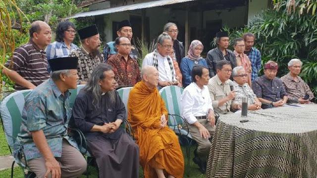 Kata Menag Lukman: Agama Tak Bisa Menghancurkan Budaya dan Tradisi Lokal