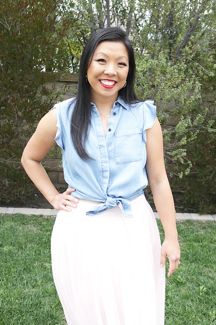 How to Style Tulle Skirt with Chambray Shirt