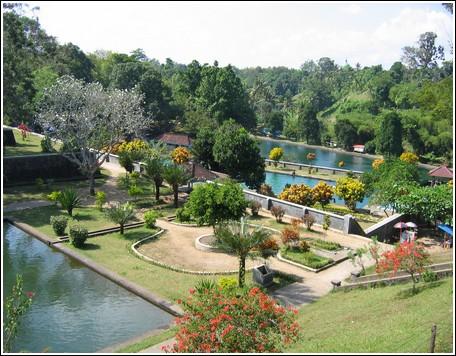 Taman Narmada Wisata Lombo Barat