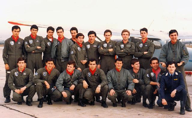 Σχολή Ικάρων: Ποιοι είναι αυτοί οι πιλότοι και τι έκαναν πρόσφατα; - ΦΩΤΟ