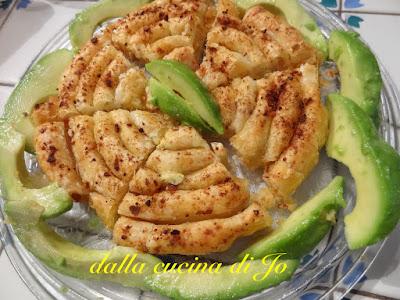 torta salata a spirale con salmone