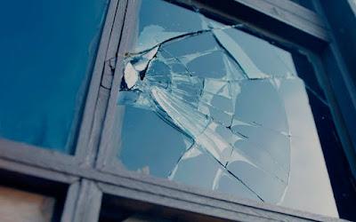 kaca anti pecah