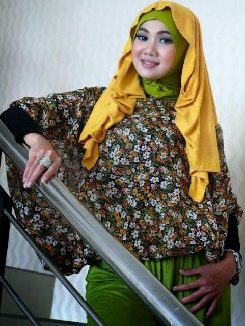 Contoh Busana Muslim Untuk Wanita Gemuk