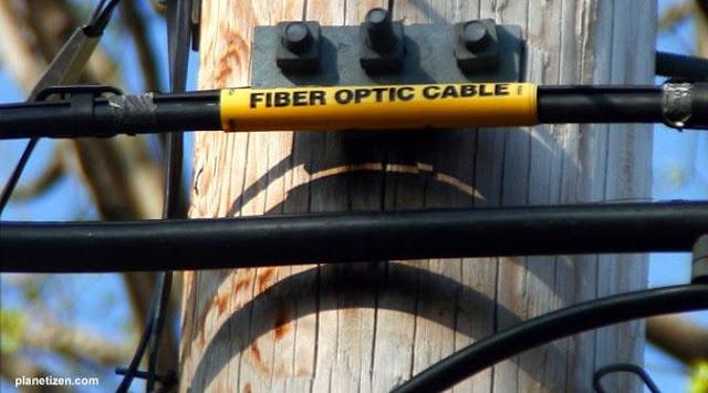 Penjelasan Jaringan Fiber Optic, Kelebihan, Dan Kekurangannya - Gateway Ilmu