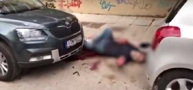 Υπέκυψε στα τραύματά του ο άνδρας που γάζωσαν με καλάσνικοφ στο Π. Φάληρο
