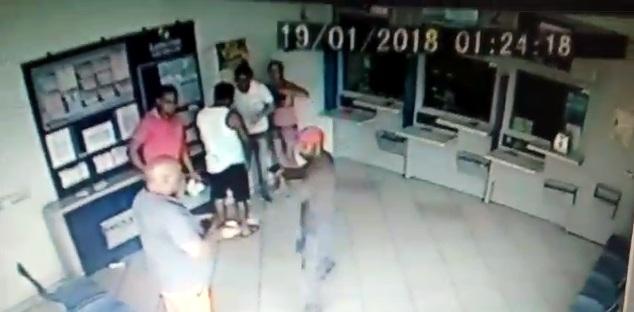 Bandido assalta clientes em casa lotérica em Monsenhor Paulo, MG - Foto: Alô Alô Cidade