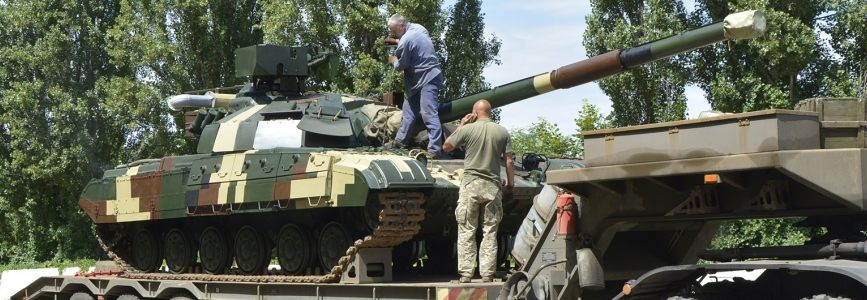 ЗіМ передав військовим відновлені танки Булат
