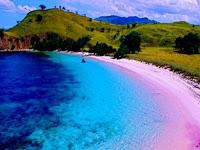 3 Pantai Terindah Di Indonesia Yang Wajib Dikunjungi