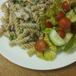 Picture of chicken and veg pasta
