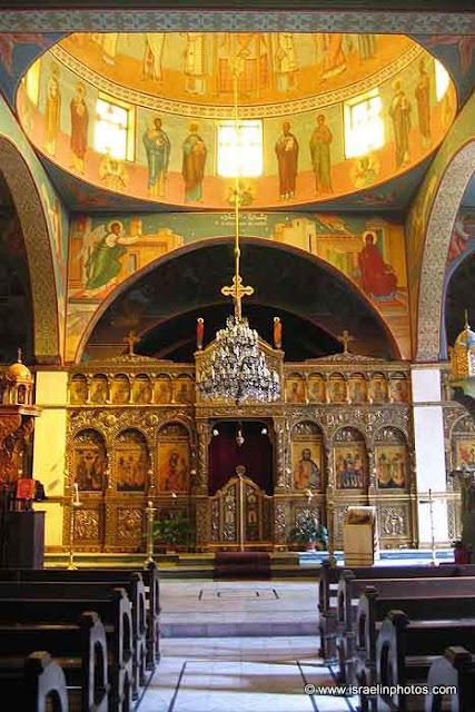 Greek Catholic Patriarchate, copper partition with images of peacocks (symbol of eternity) and a two-headed eagle, symbolizing the Russian Empire