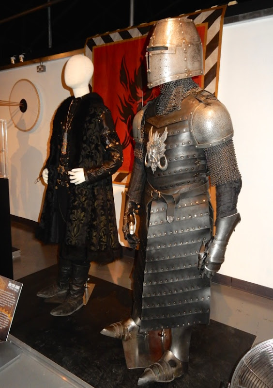 Doctor Who Robot of Sherwood costumes