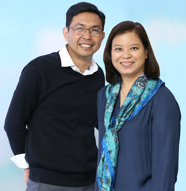 Citi Philippines consumer customer franchise head Roy Villareal and Citi Philippines public affairs head Lisa Coory