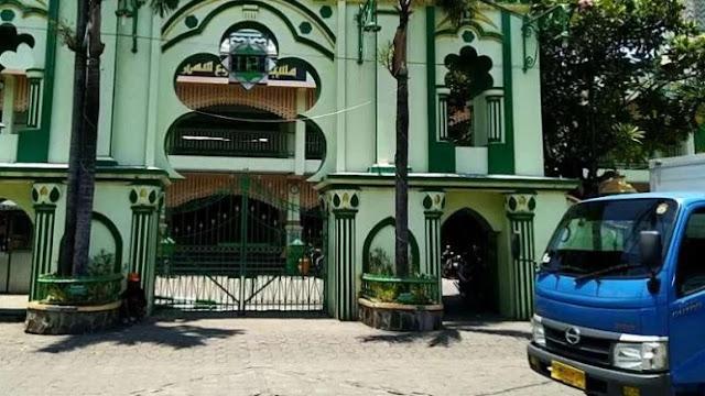 Timses Bantah Bikin Selebaran Prabowo Jumatan di Masjid Kauman