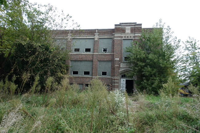 Searsboro Consolidated School abandoned and decaying in Iowa