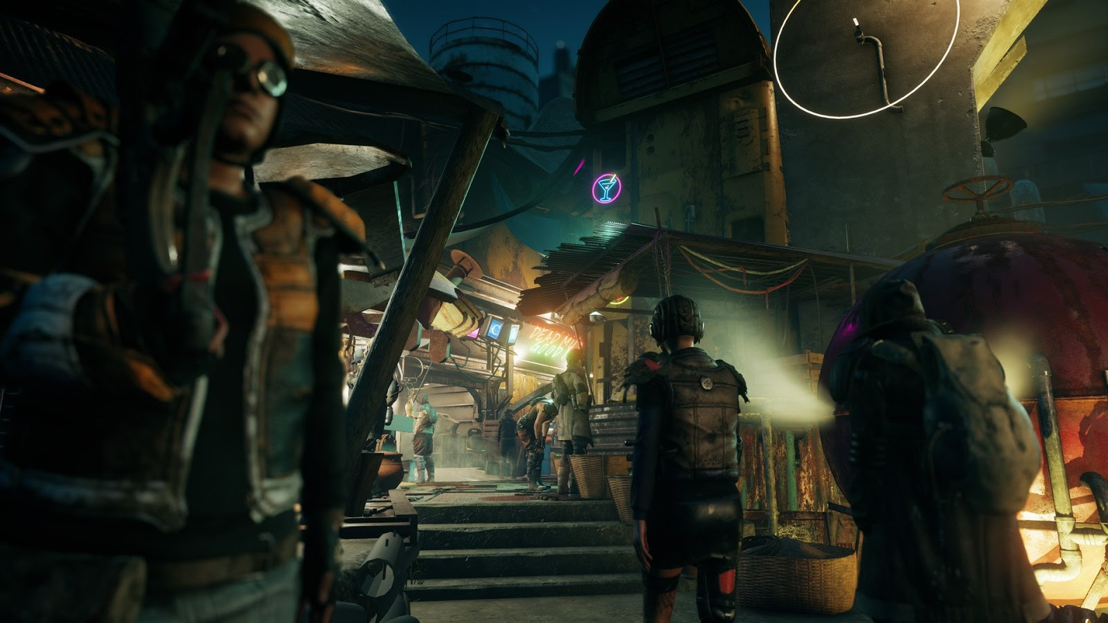 By Photo Congress || Deca Games Hitman 2