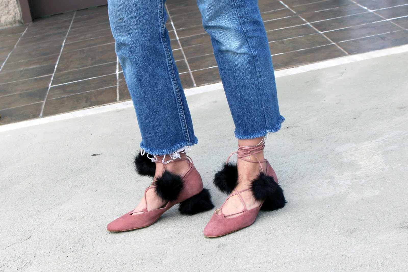 fur shoes, pink color trend