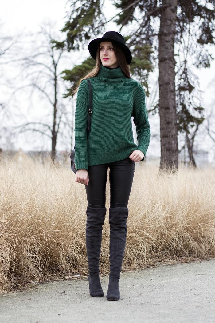 Green knitted jumper