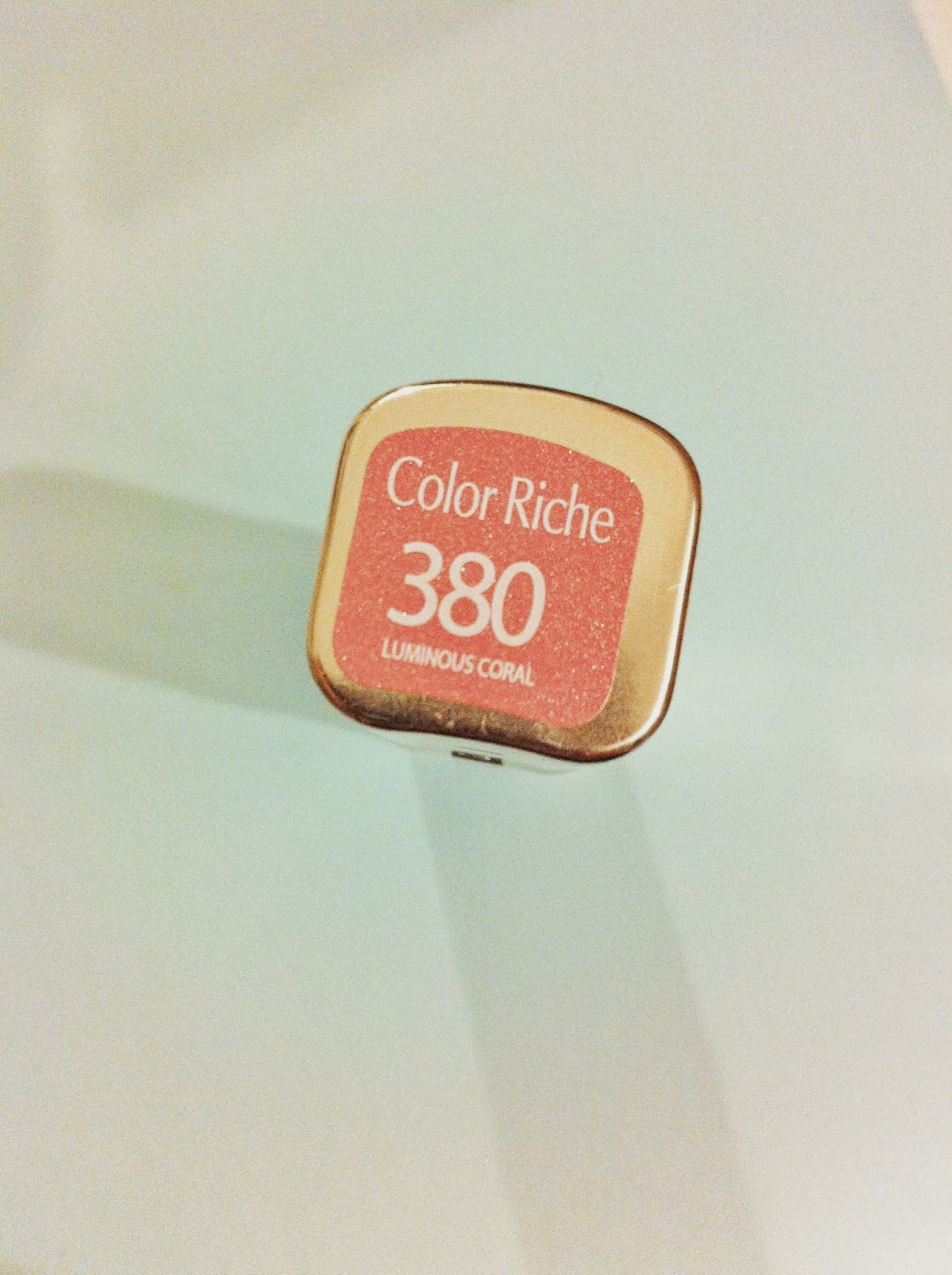 Bows And Pearls: L'Oreal Color Riche Lipstick In Luminous ...