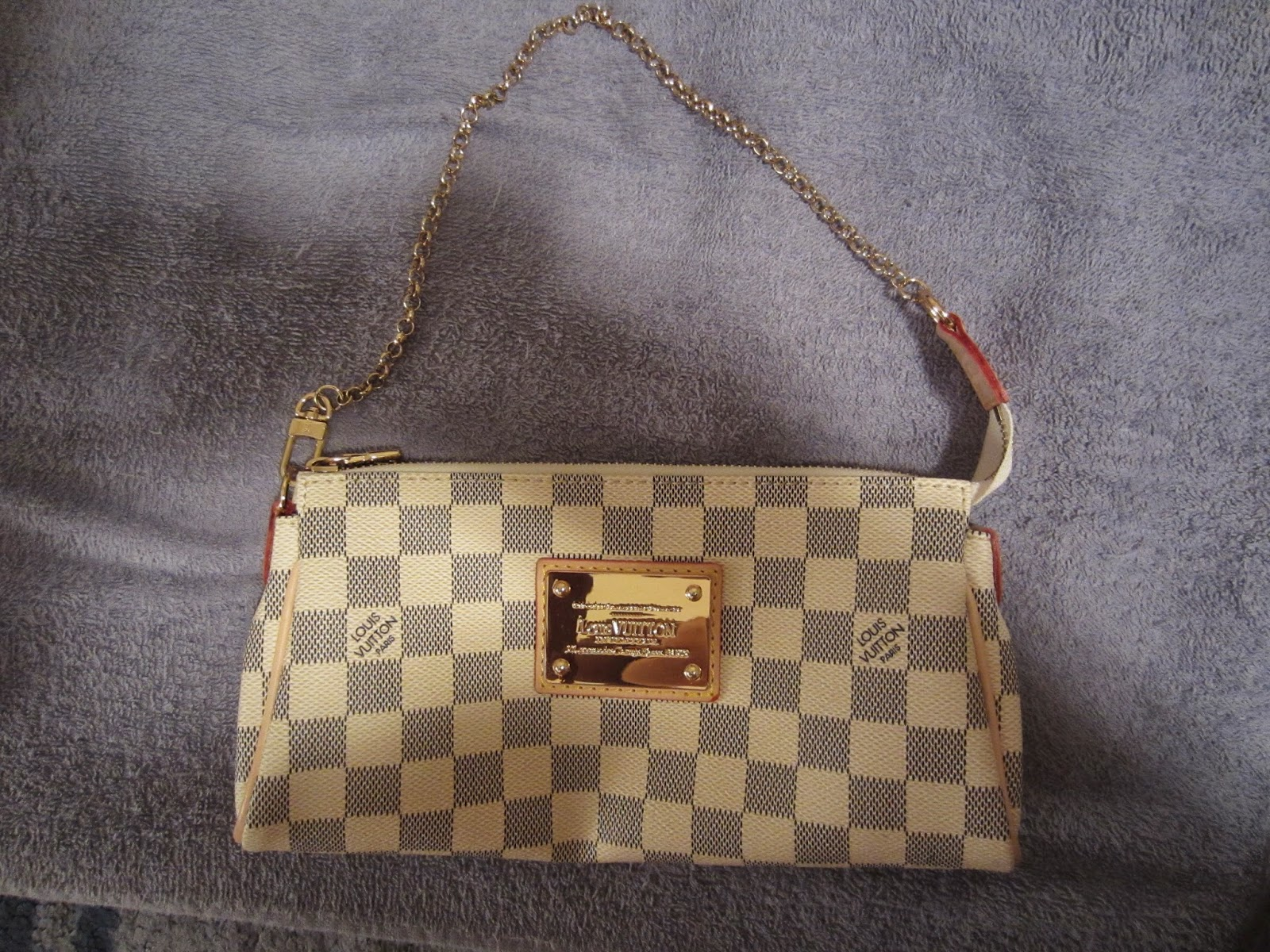 e35a48814baa Louis Vuitton  Replica Eva Clutch (Damier Azur)