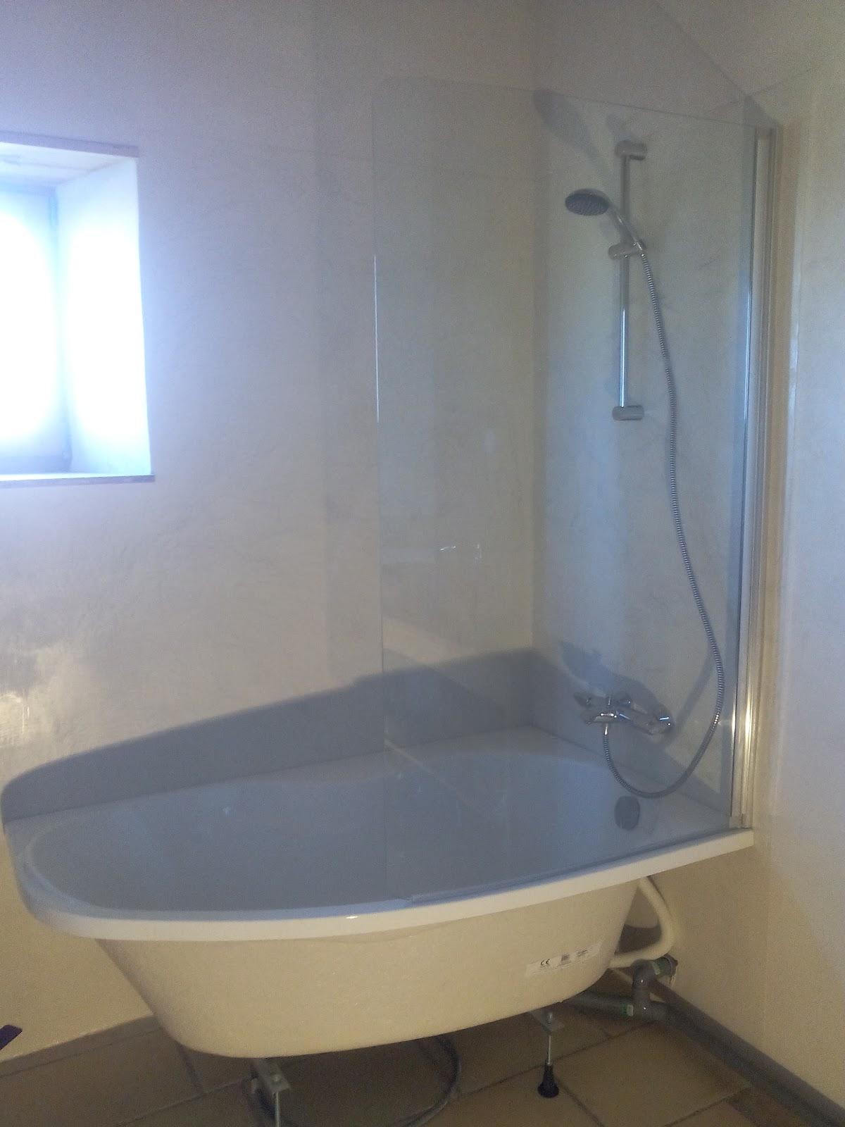 Les barboteurs la salle de bain for Baignoire metallique
