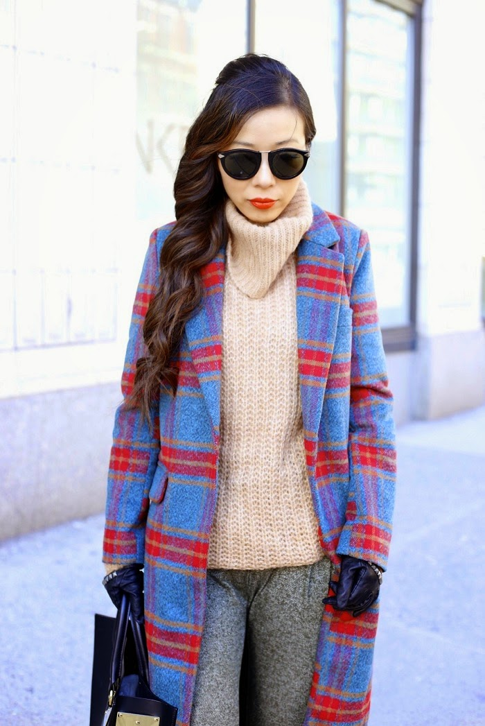 Glamorous plaid coat, Trouvé Scrunch Turtleneck Sweater, tobi relaxing day pants, asos gloves, Baublebar 360 pearl studs, Karen walker harvest sunglasses, sophie hulme leather tote, sporty look, sporty streetstyle, shallwesasa, fashion blog, winter streetstyle, winter ootd, curly hair, red lips, vans slipon