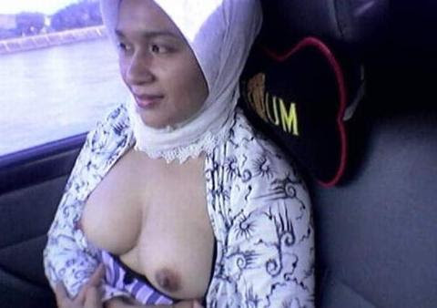 Arabi Nude 38