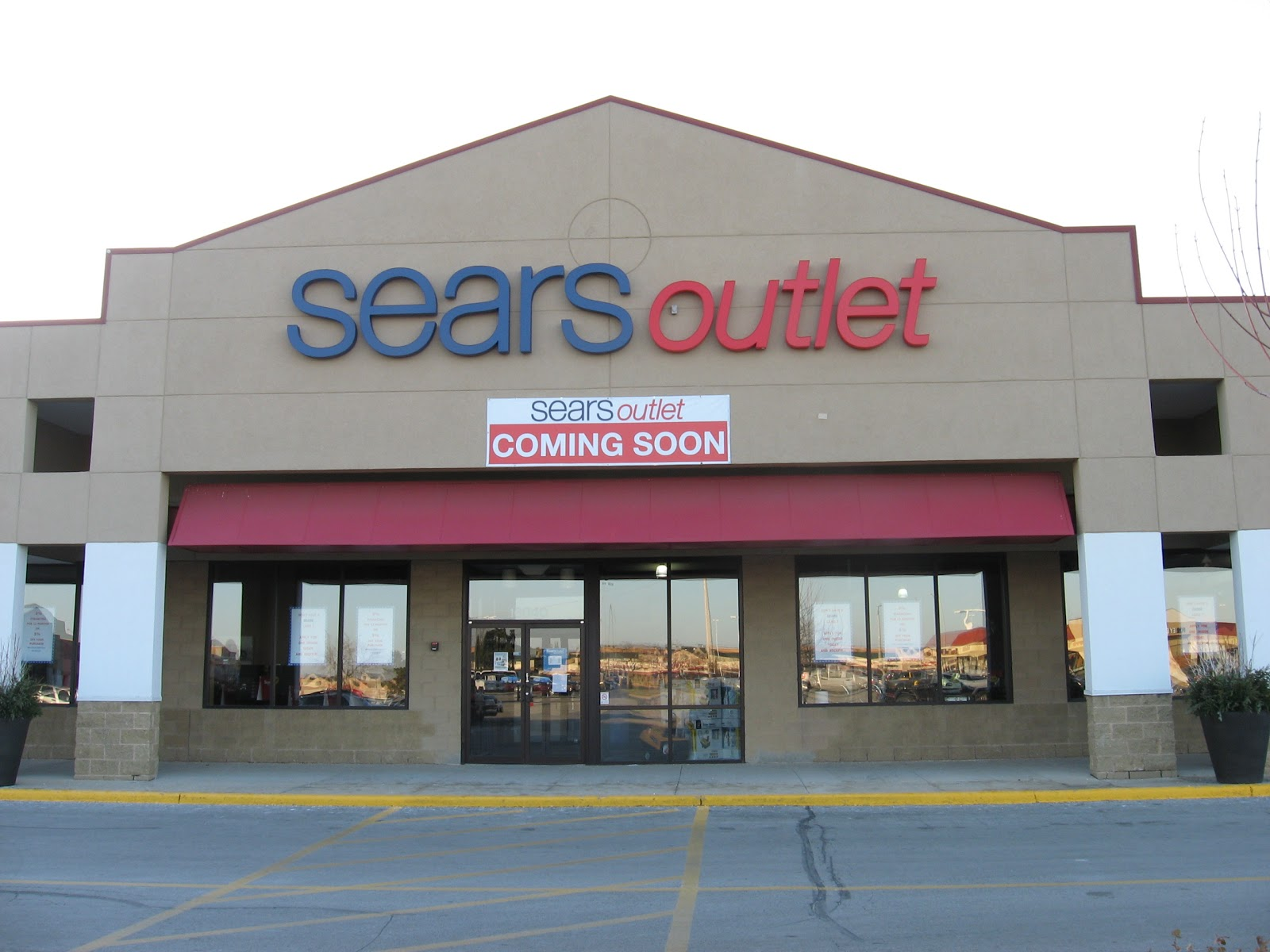 Dec 06,  · Company Overview. Sears Outlet Stores, L.L.C. was incorporated in and is based in Hoffman Estates, Illinois. The company operates as a subsidiary of Sears Hometown and Outlet Location: Beverly Road Hoffman Estates, IL United States.