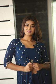 yamini bhaskar 8