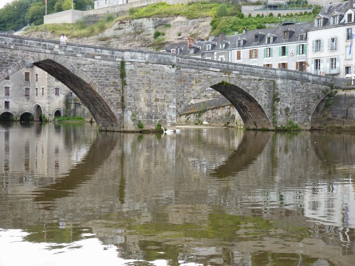 Terrasson Lavilledieu Le Vieux Pont Provence Et Ailleurs